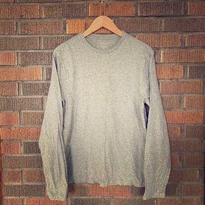 💗 ~ $3 - Gray Long-sleeve Shirt